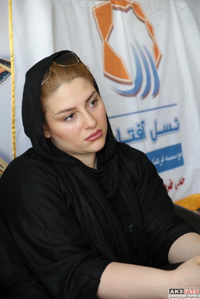 خانوادگی ورزشکاران  آتوسا حجازی دختر مرحوم ناصر حجازی و همسرش