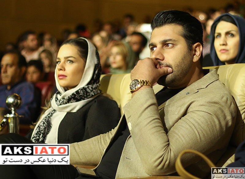 خوانندگان  احسان خواجه امیری و همسرش در کنسرت گروه «دارکوب»