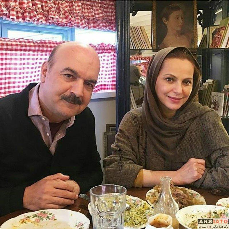 خانوادگی  ایرج طهماسب در کنار دختر در رستوران