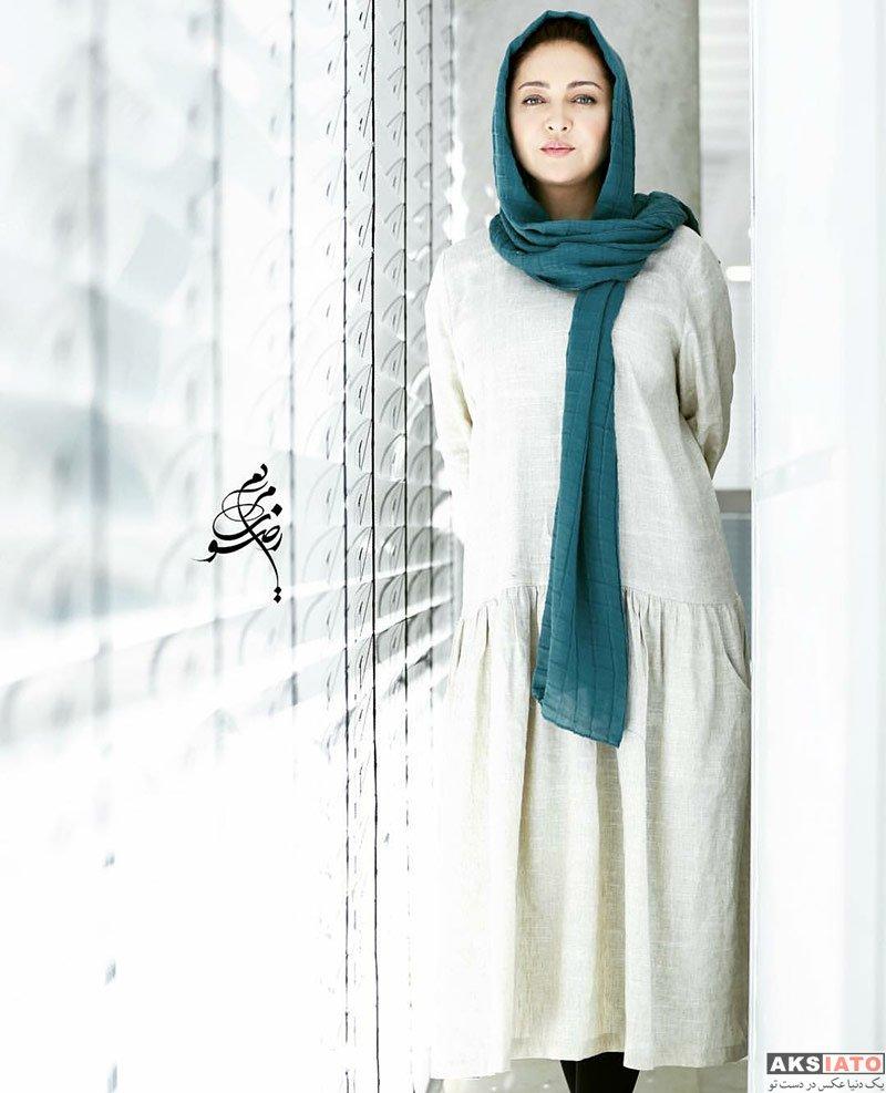 بازیگران بازیگران زن ایرانی  نیکی کریمی در نمايشگاه كتاب شهر آفتاب