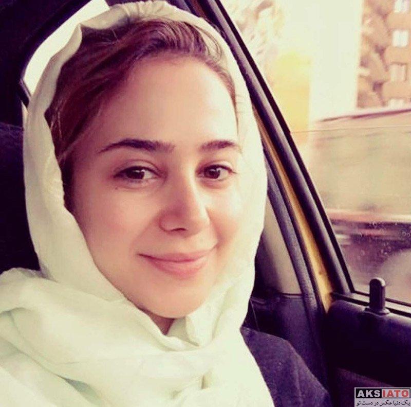 بازیگران بازیگران زن ایرانی  سلفی های الناز حبیبی در درون ماشین اش (3 عکس)