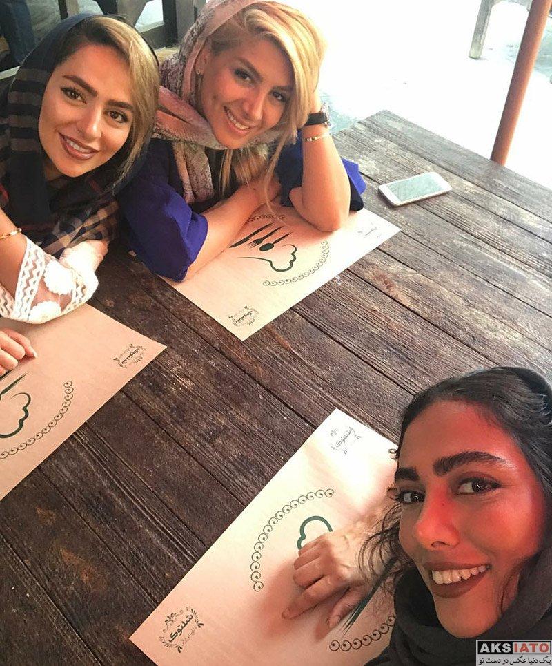 بازیگران بازیگران زن ایرانی  سلفی های سمانه پاکدل و غزل عبدی در یک رستوران