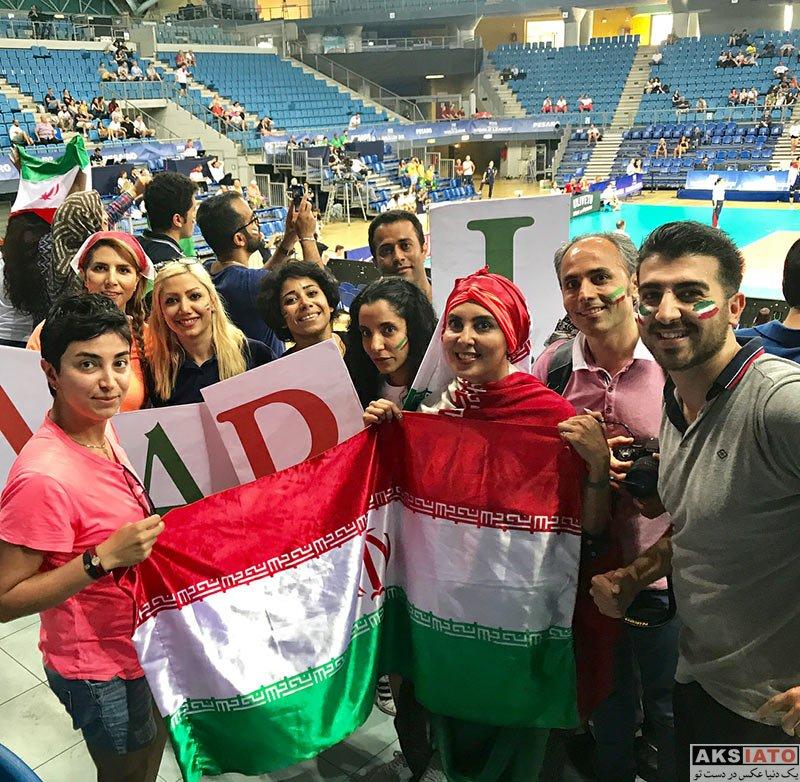 بازیگران بازیگران زن ایرانی  لیلا بلوکات در سالن بازی والیبال ایران و لهستان