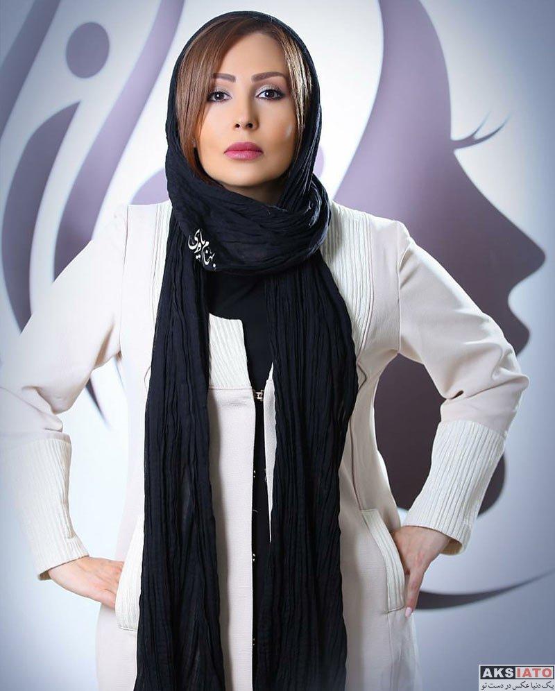 بازیگران بازیگران زن ایرانی  پرستو صالحی از مانتوی جدیدش رونمایی کرد