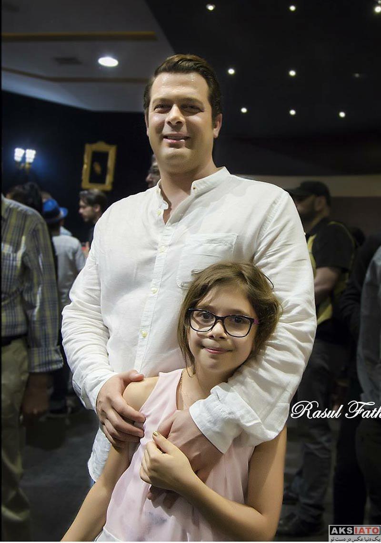 خانوادگی  پژمان بازغی و دخترش در اکران خصوصی فیلم «ساعت ۵ عصر»