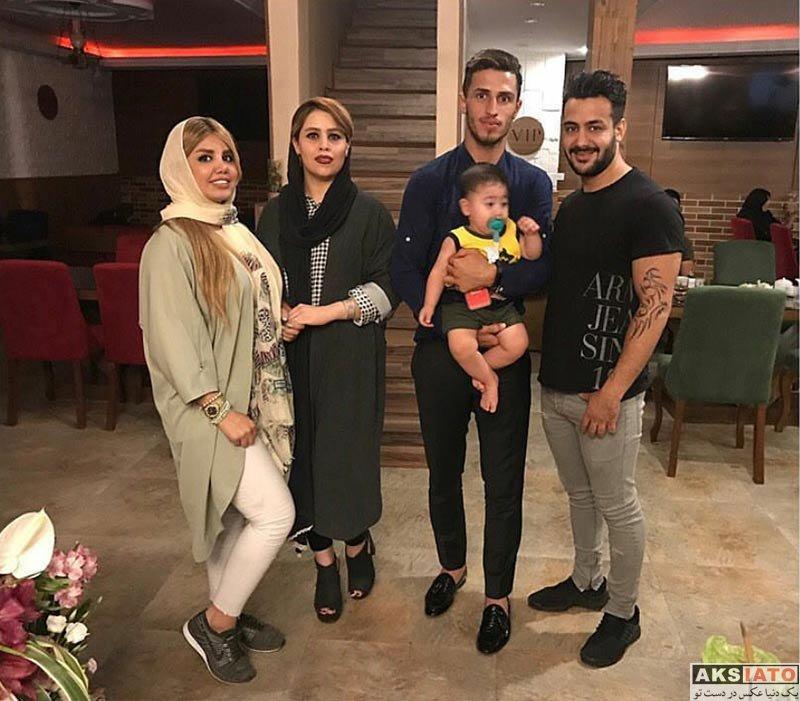 خانوادگی  علی علیپور و همسرش در کنار زوج معروف اینستاگرامی