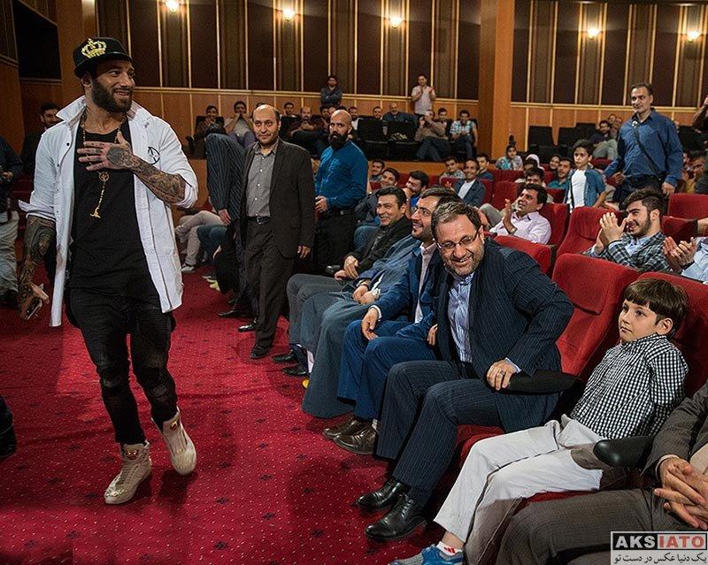 خوانندگان  امیر تتلو در جشن اولین سالگرد فارس پلاس (5 عکس)