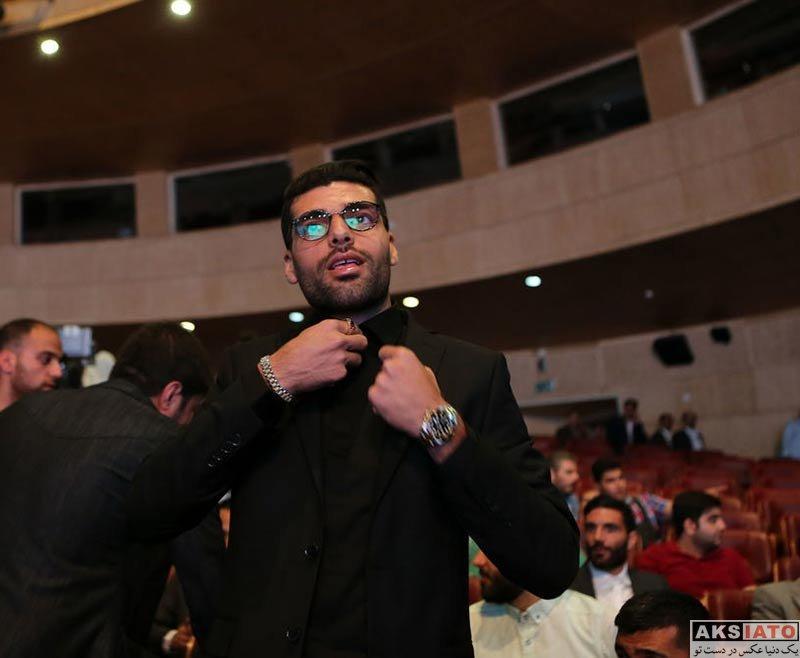 ورزشکاران ورزشکاران مرد  مهدی طارمی در مراسم انتخاب برترین های فوتبال ایران (4 عکس)