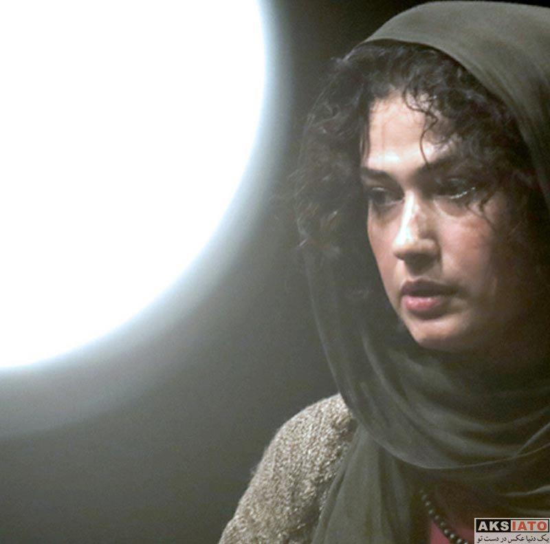بازیگران بازیگران زن ایرانی  لادن مستوفی بازیگر نمایش یک دقیقه و سیزده ثانیه (4 عکس)