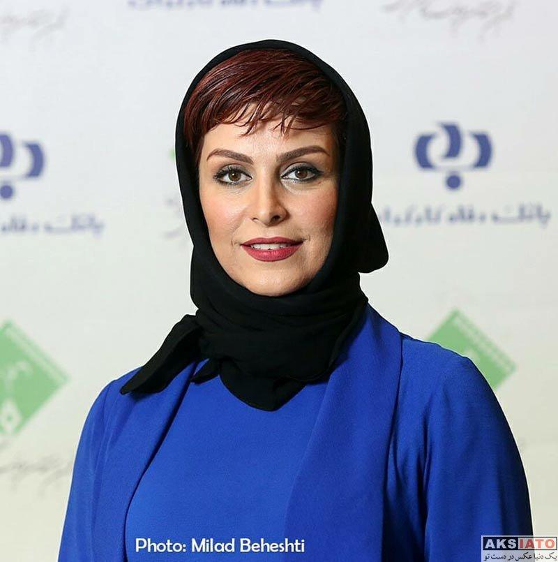 بازیگران بازیگران زن ایرانی جشن منتقدان و نویسندگان  ماه چهره خلیلی در یازدهمین جشن منتقدان و نویسندگان سینمای ایران