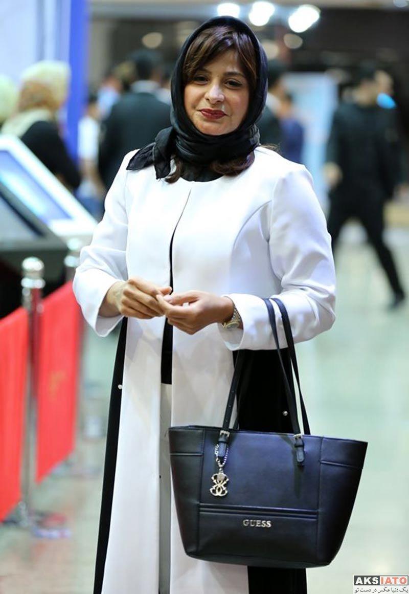 بازیگران بازیگران زن ایرانی جشن حافظ  سیما تیرانداز در هفدهمین جشن حافظ ۹۶