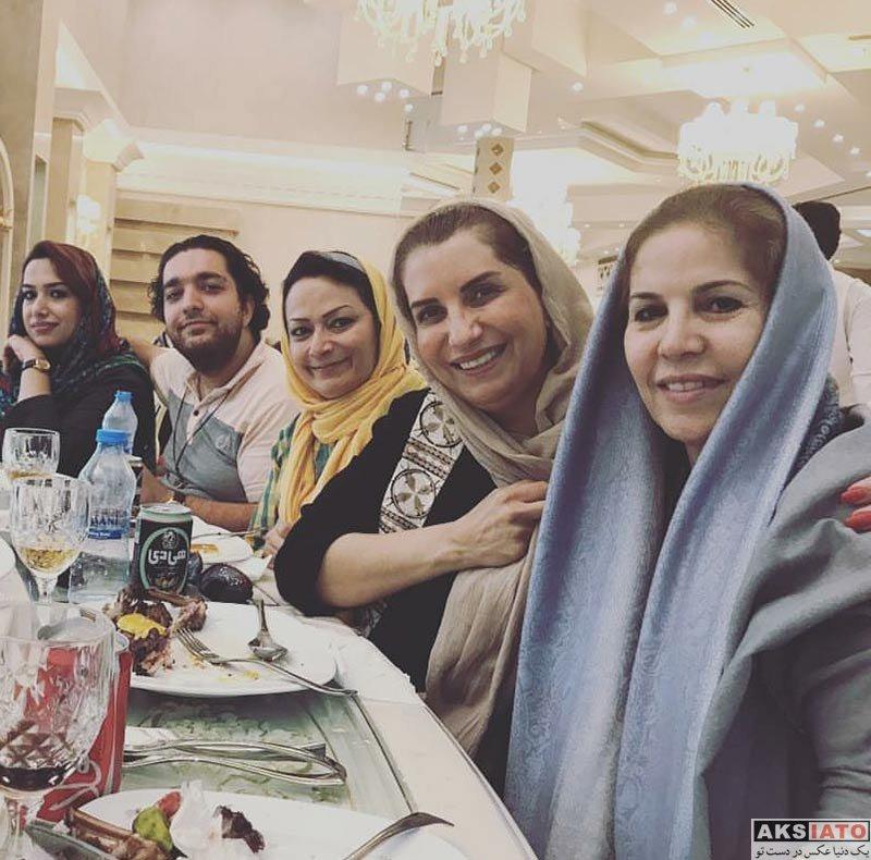 بازیگران بازیگران زن ایرانی  فریبا کوثری به همراه هنرمندان در مشهد (۴ عکس)