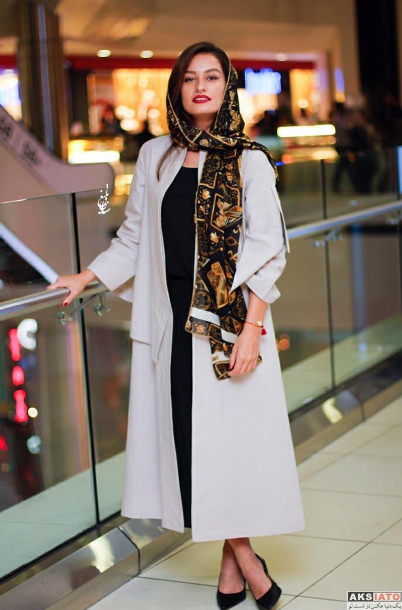 بازیگران بازیگران زن ایرانی  شبنم گودرزی در اکران فیلم فصل نرگس در سینما کوروش (4 عکس)