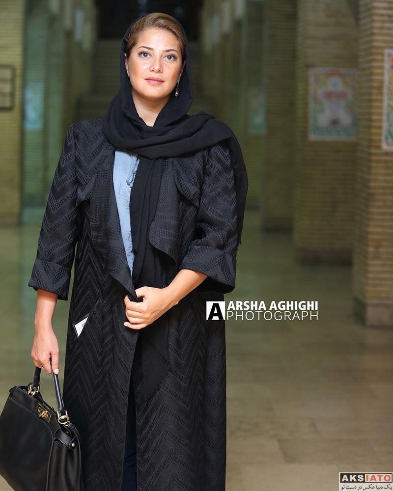 بازیگران بازیگران زن ایرانی جشن منتقدان و نویسندگان  طناز طباطبایی در یازدهمین جشن منتقدان و نویسندگان سینمای ایران