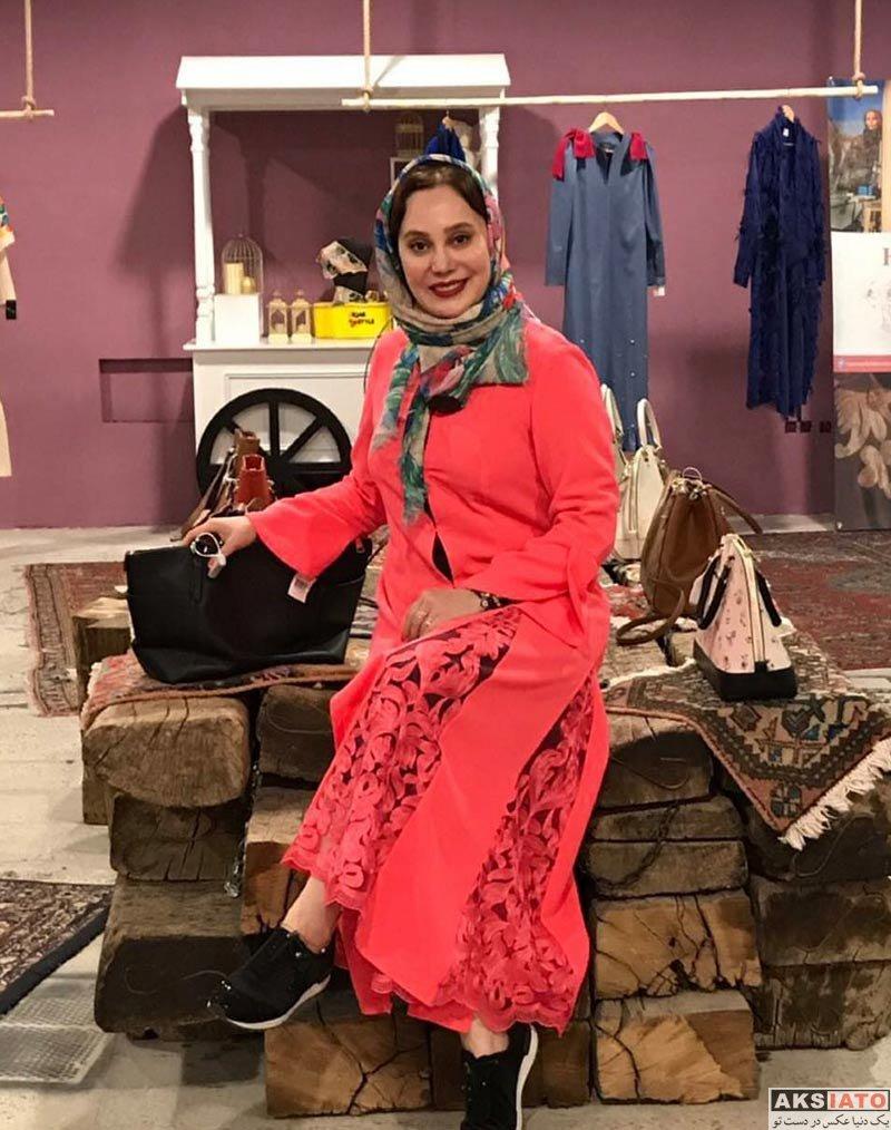 بازیگران بازیگران زن ایرانی  آرام جعفری با مانتوهای مختلف در حجاب استایل (3 عکس)