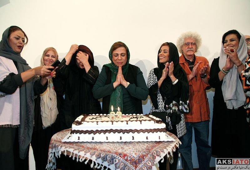 بازیگران زن ایرانی جشن تولد ها  جشن تولد ۶۳ سالگی گوهر خیراندیش با حضور هنرمندان