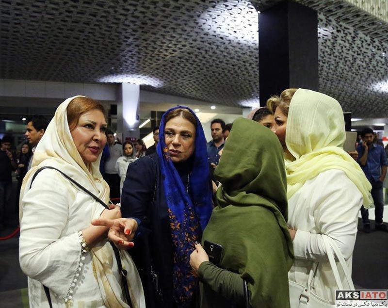 بازیگران بازیگران زن ایرانی خانوادگی  گوهر خیراندیش و دخترش در اکران خصوصی فیلم من و شارمین