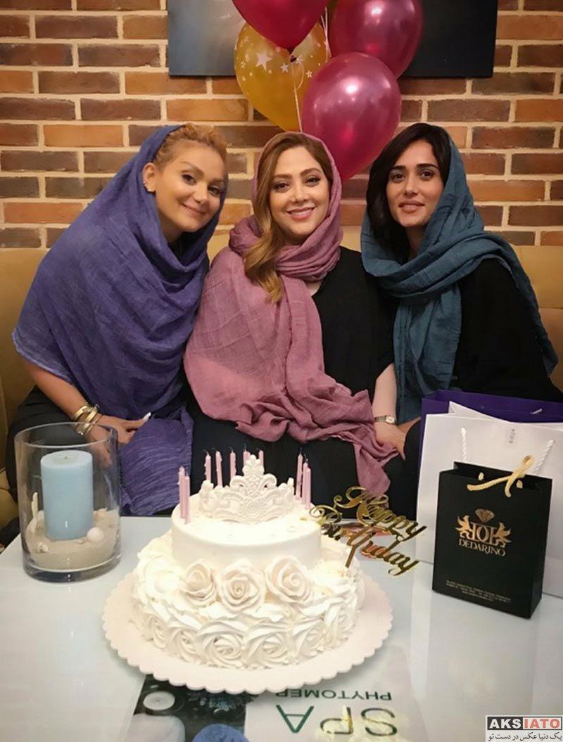 بازیگران بازیگران زن ایرانی جشن تولد ها  جشن تولد پریناز ایزدیار در سالن زیبایی شیمر (2 عکس)