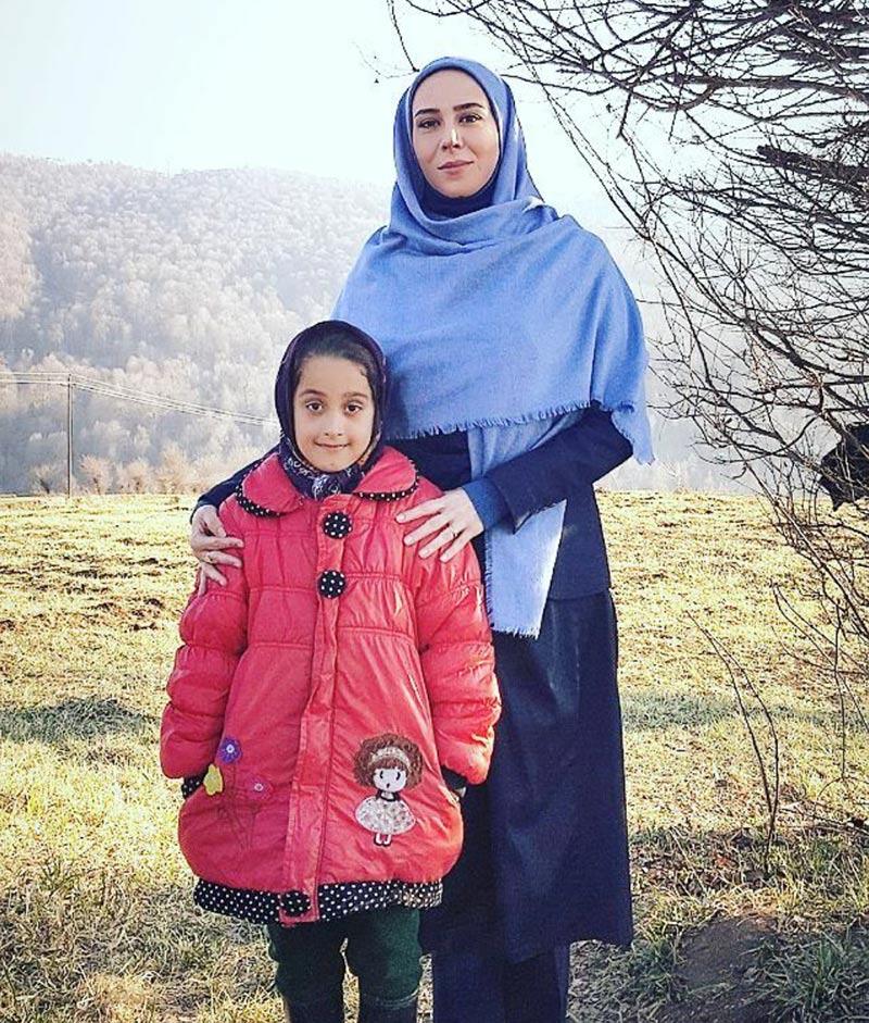 بازیگران بازیگران زن ایرانی  الهام جعفر نژاد در پشت صحنه سریال شکوه یک زندگی (2 عکس)
