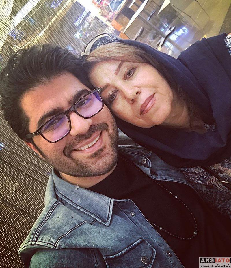 خانوادگی خوانندگان  سلفی حامد همایون با پدر و مادرش (2 عکس)
