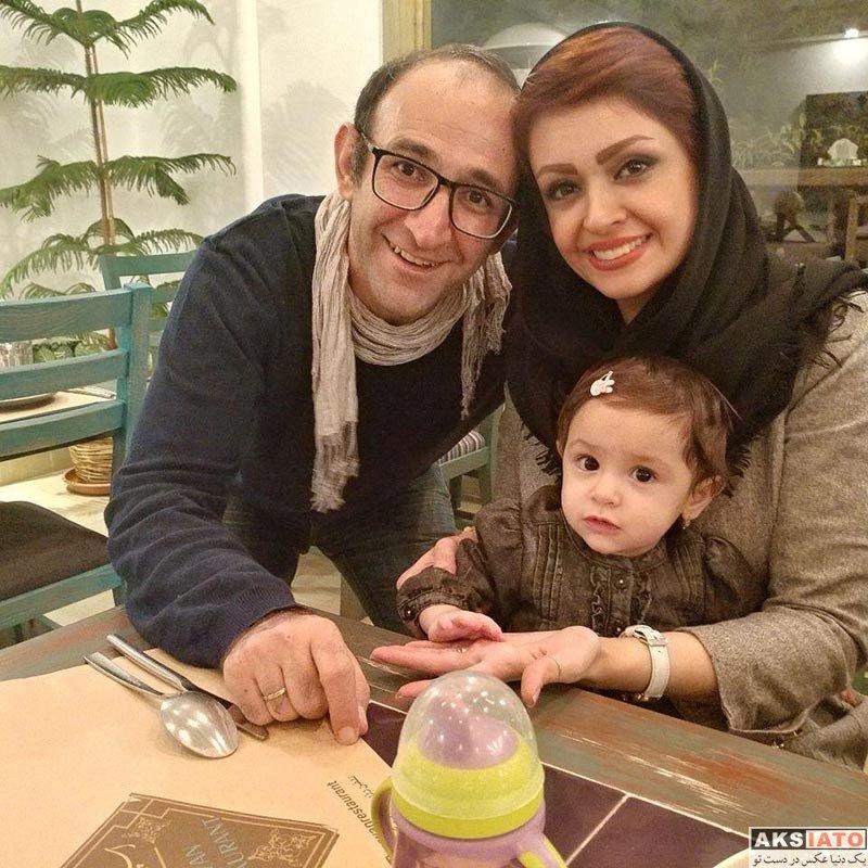 خانوادگی  هدایت هاشمی به همراه همسر و دخترانش (3 عکس)