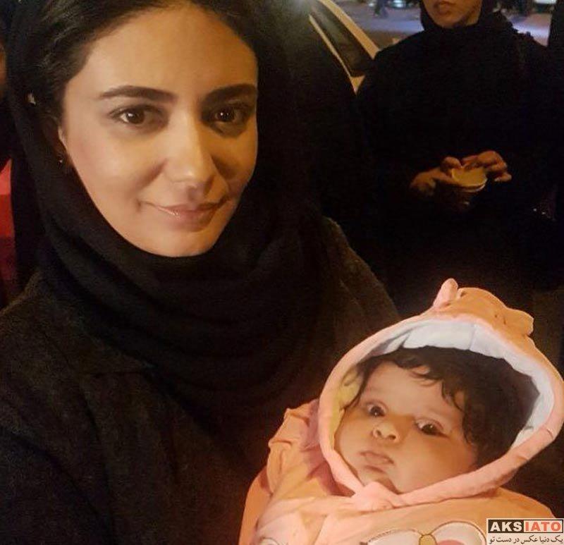 بازیگران بازیگران زن ایرانی  لیندا کیانی به همراه خانواده اش در ظهر عاشورا (3 عکس)