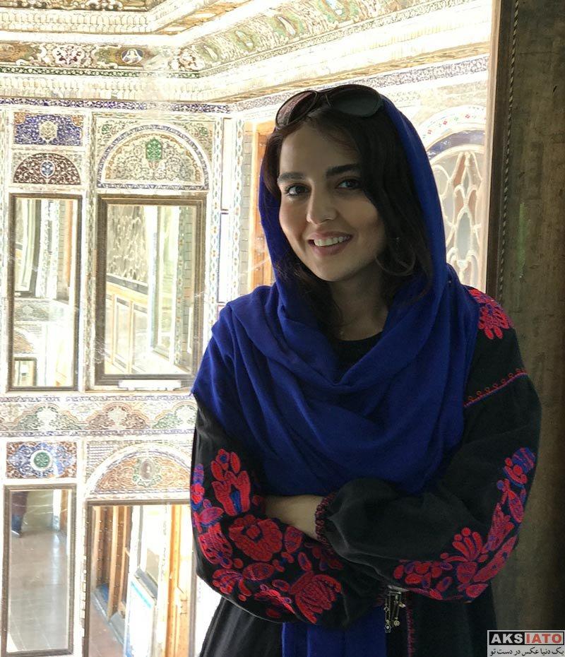 بازیگران بازیگران زن ایرانی  سارا محمدی در باغ نارنجستان قوام شیراز (3 عکس)