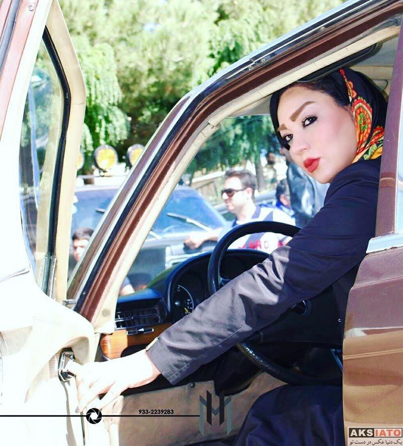 بازیگران بازیگران زن ایرانی  شقایق دلشاد در همایش خودروهای کلاسیک