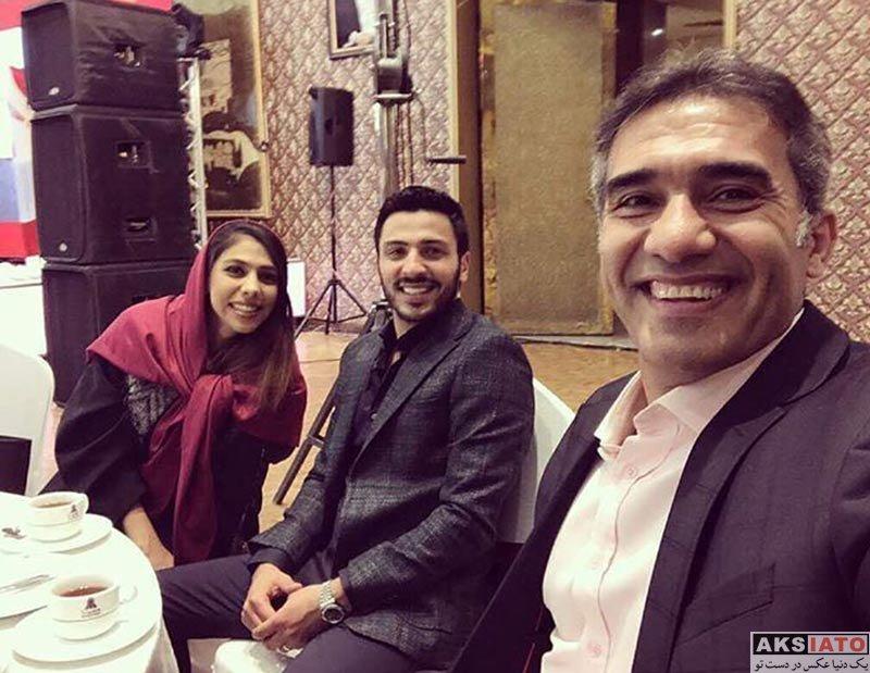 خانوادگی  سلفی احمدرضا عابدزاده با دختر و دامادش