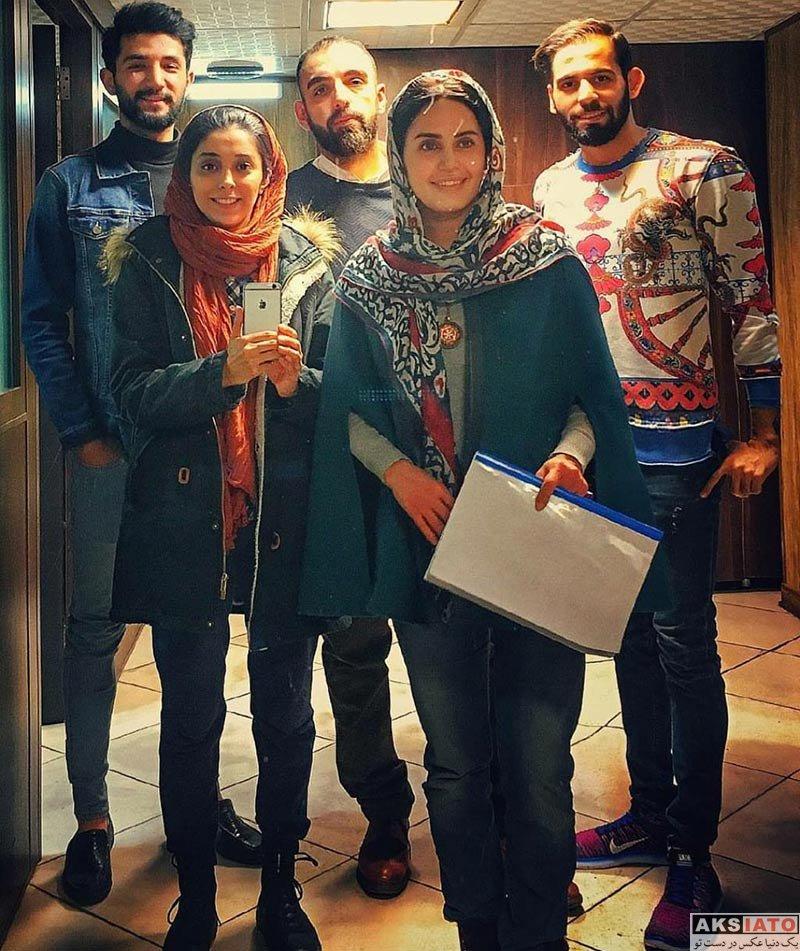 بازیگران بازیگران زن ایرانی  الناز شاکردوست در پشت صحنه نمایش گم و گور (5 عکس)
