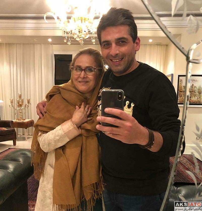خانوادگی  سلفی حمید گودرزی با مادرش در شب تولدش