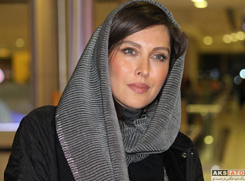 بازیگران بازیگران زن ایرانی مهتاب کرامتی در اکران فیلم صفر تا سکو در سینما کوروش (5 عکس)