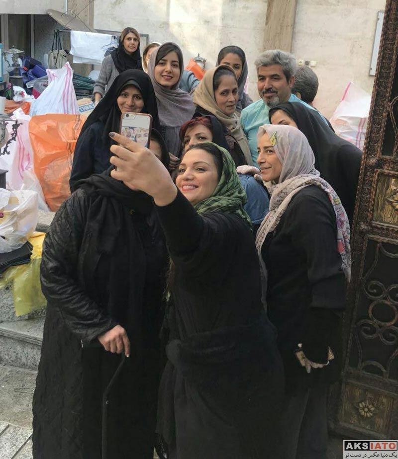 بازیگران بازیگران زن ایرانی  الهام پاوه نژاد در محل جمع آوری کمک به زلزله زدگان (2 عکس)