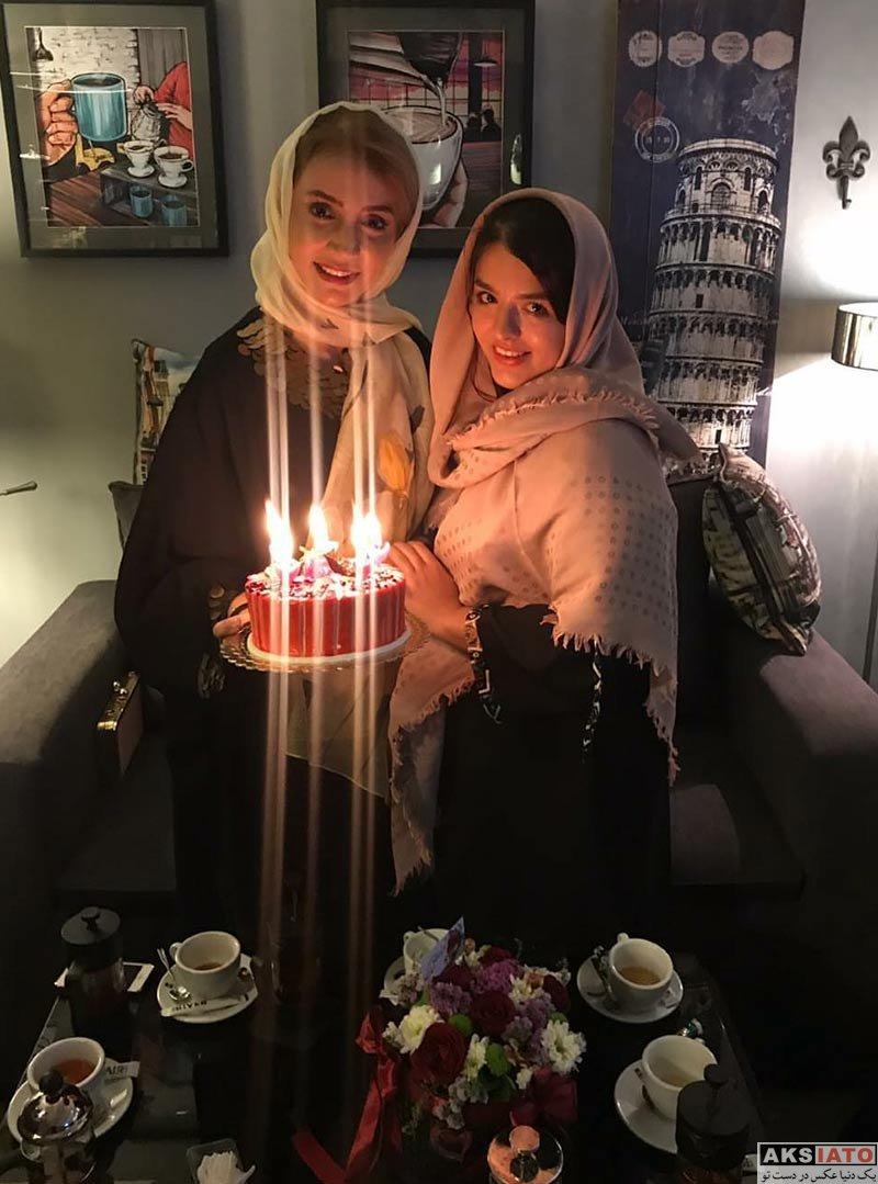بازیگران بازیگران زن ایرانی جشن تولد ها  جشن تولد شبنم قلی خانی با حضور هوادارانش (5 عکس)