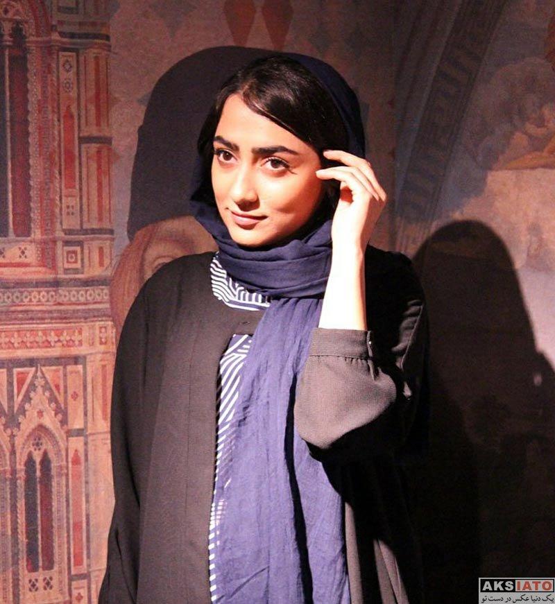 بازیگران بازیگران زن ایرانی  یاسمن معاوی در اکران مردمی فیلم غیرمجاز در سینما کوروش (4 عکس)