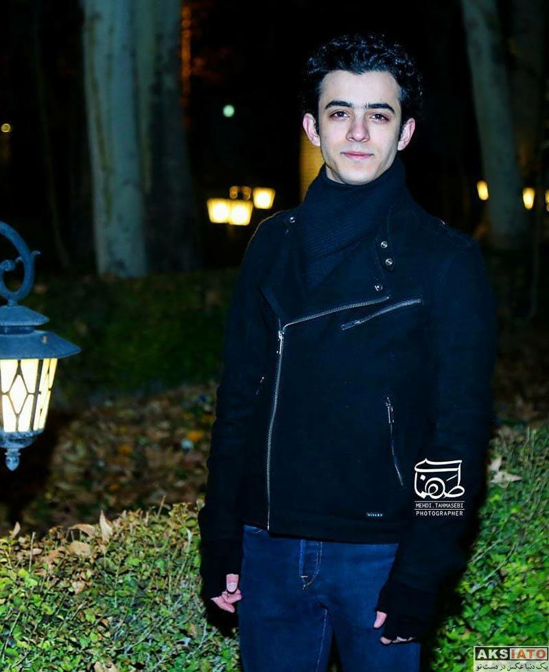 بازیگران بازیگران مرد ایرانی  علی شادمان در افتتاحیه فیلم بیدار شو آرزو (2 عکس)