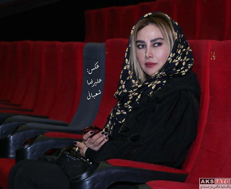 بازیگران بازیگران زن ایرانی آنا نعمتی در اکران مردمی فیلم آپاندیس در پردیس کوروش (5 عکس)