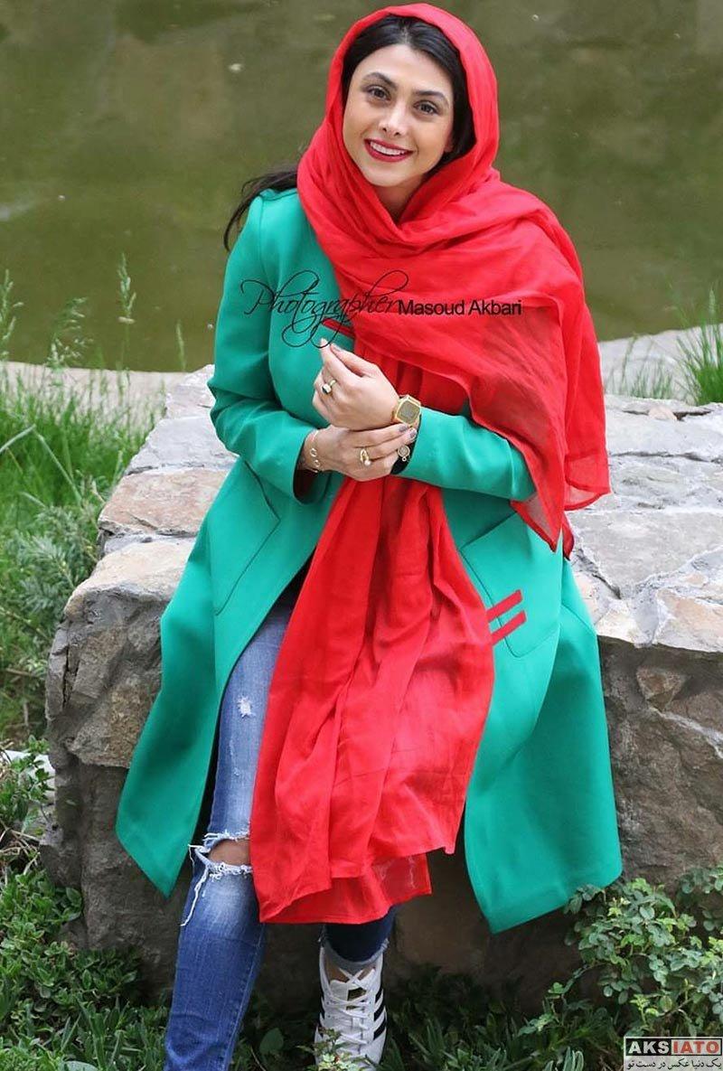 بازیگران بازیگران زن ایرانی  عکس های خاص آزاده صمدی برای روزنامه همشهری (8 عکس)