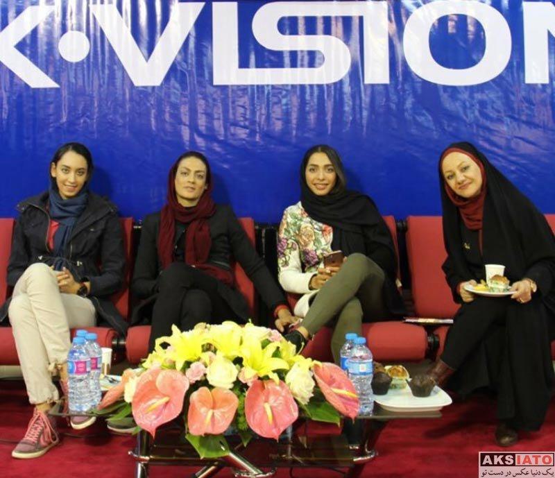 ورزشکاران ورزشکاران زن  کیمیا علیزاده و شهربانو منصوریان در فروشگاه ایکس ویژن (2 عکس)