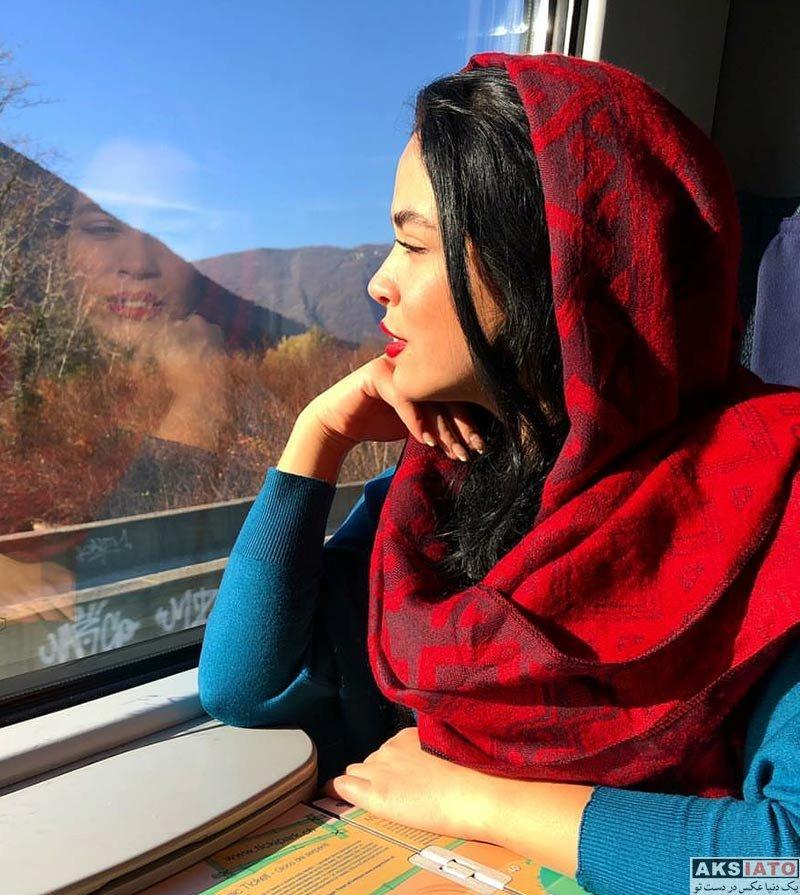 بازیگران بازیگران زن ایرانی  عکس های ملیکا شریفی نیا در آذر ماه 96 (6 تصویر)