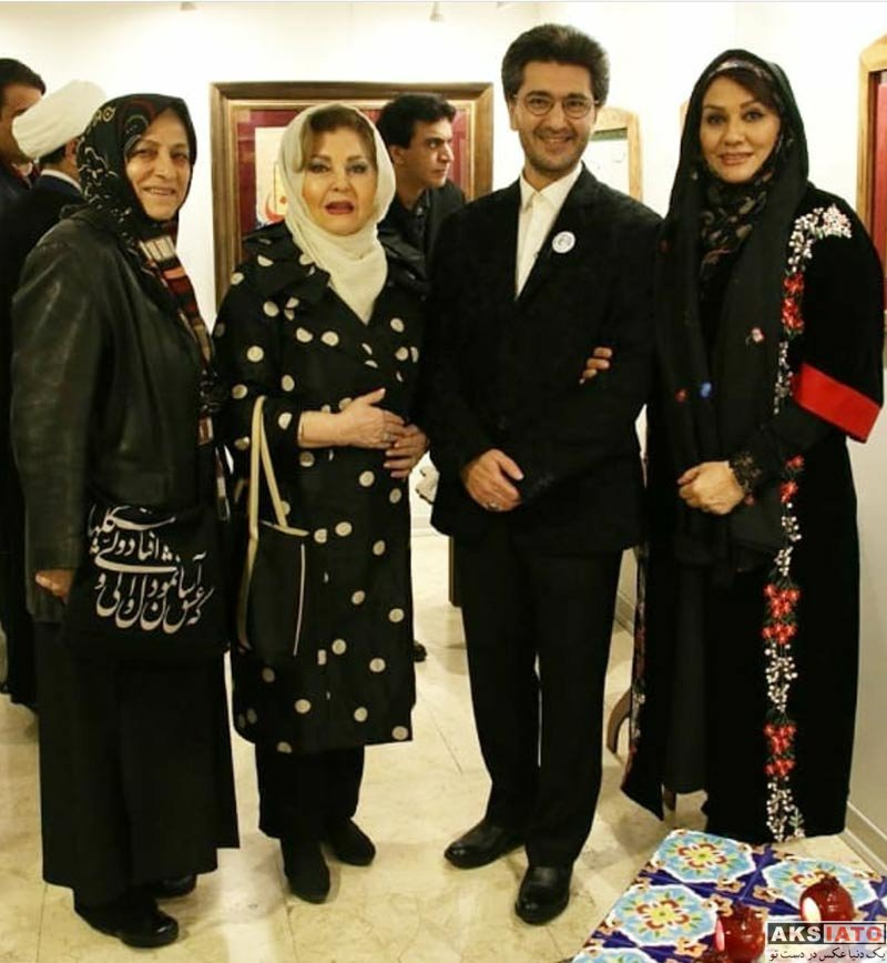خانوادگی  امیرحسین مدرس و همسرش در نمایشگاه رنگ طرب (4 عکس)