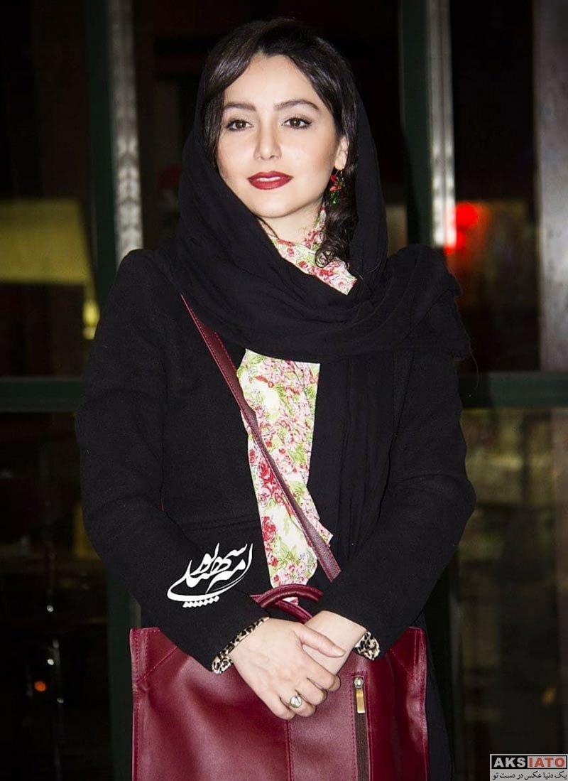 بازیگران بازیگران زن ایرانی  نازنین بیاتی در اکران مردمی فیلم آینه بغل (۵ عکس)