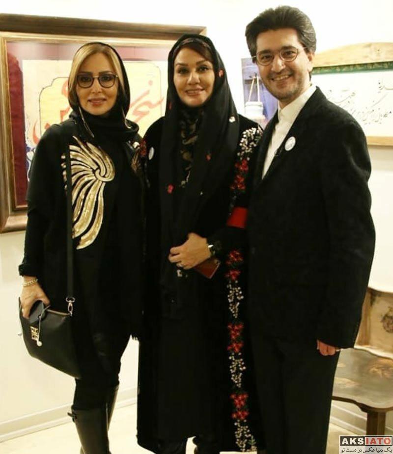 بازیگران بازیگران زن ایرانی  پرستو صالحی در نمایشگاه رنگ طرب (2 عکس)