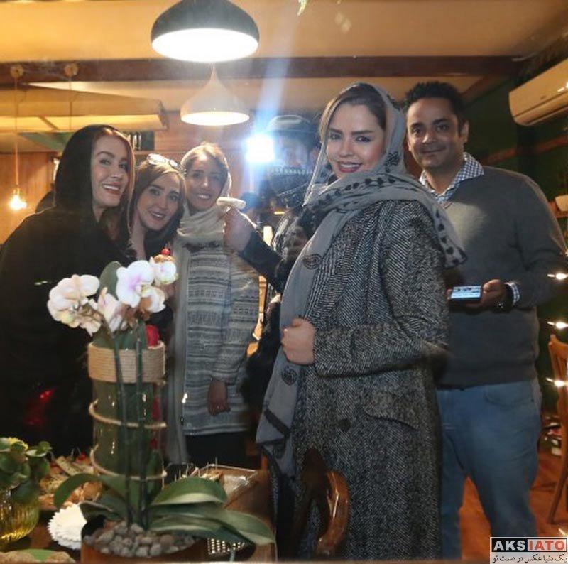 بازیگران بازیگران زن ایرانی  زهره فکور صبور در افتتاحیه کافه رستوران سه لت (۳ عکس)