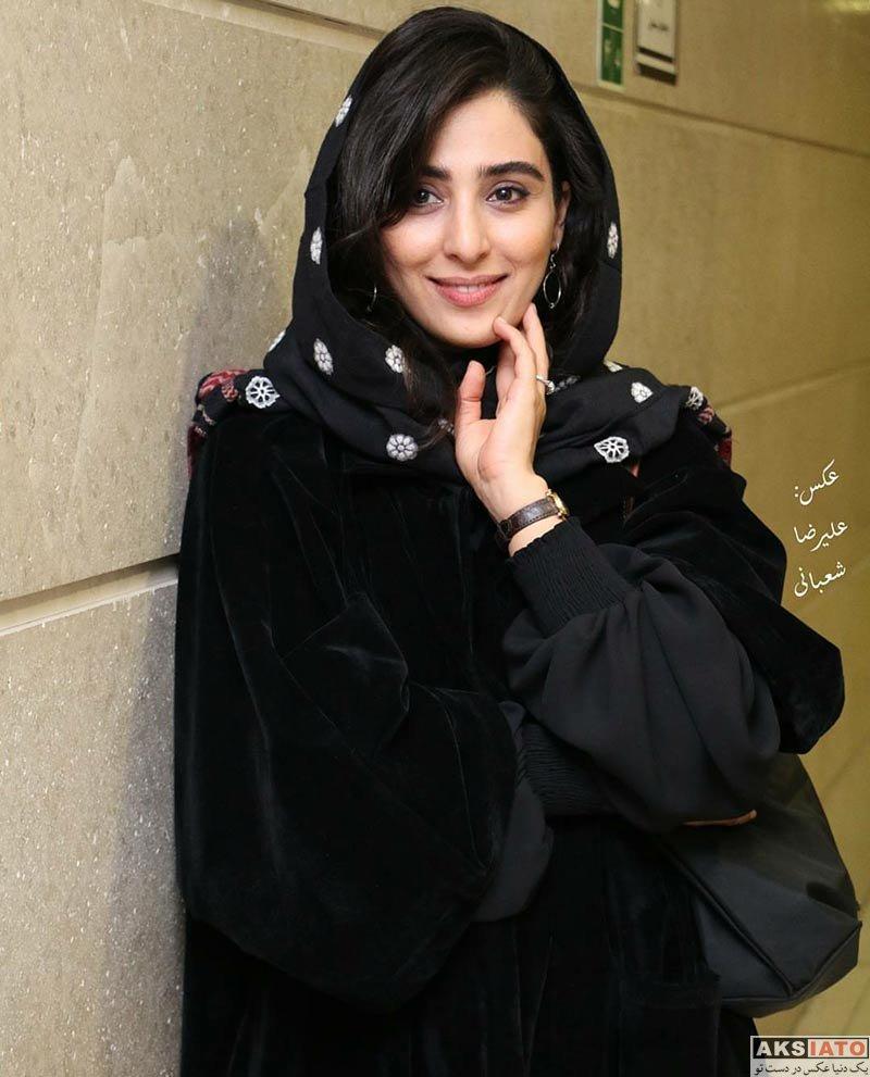 بازیگران بازیگران زن ایرانی آناهیتا افشار و همسرش در اکران مردمی فیلم پل خواب (۳ عکس)