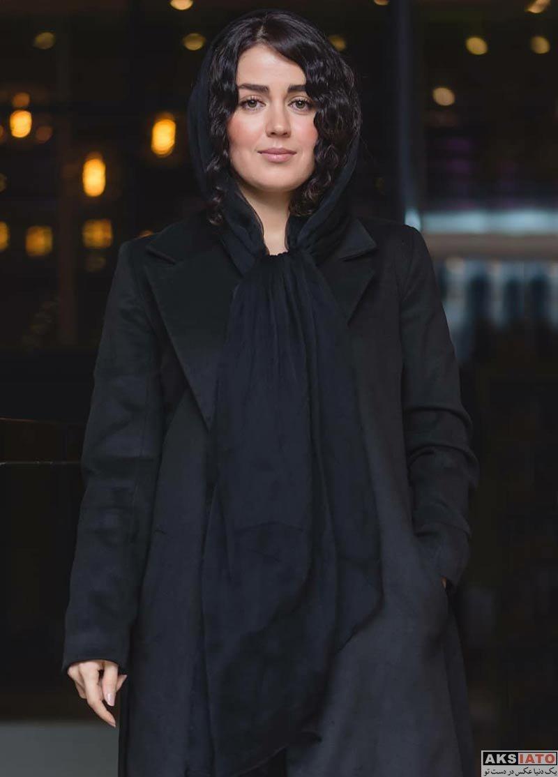 بازیگران بازیگران زن ایرانی  افسانه پاکرو در اکران خصوصی فیلم آذر (3 عکس)