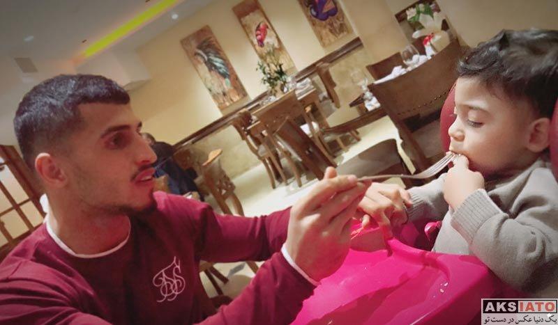 بازیگران  علی علیپور به همراه همسر و پسرش در رستوران (2 عکس)