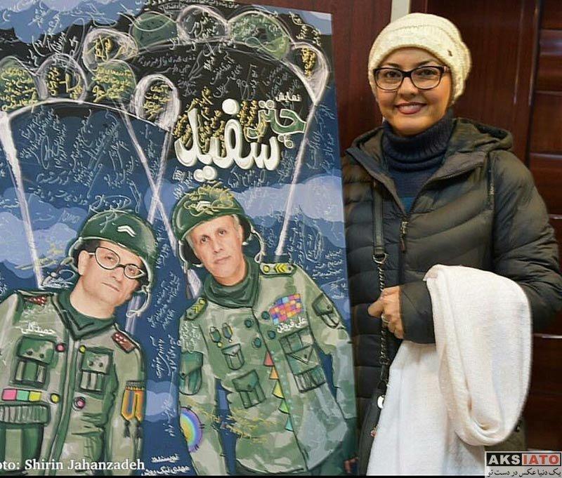 بازیگران بازیگران زن ایرانی  آناهیتا همتی در اجرای نمایش چتر سفید (2 عکس)