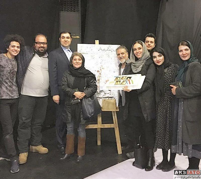 بازیگران بازیگران زن ایرانی  الهام جعفرنژاد در اجرای نمایش یک زندگی بهتر (2 عکس)