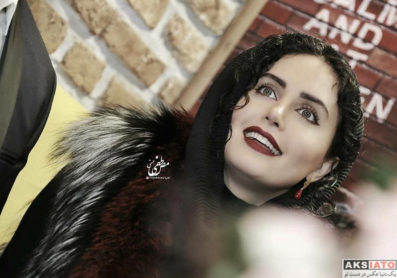 بازیگران بازیگران زن ایرانی  الناز شاکردوست در افتتاحیه رستوران برادرش (10 عکس)